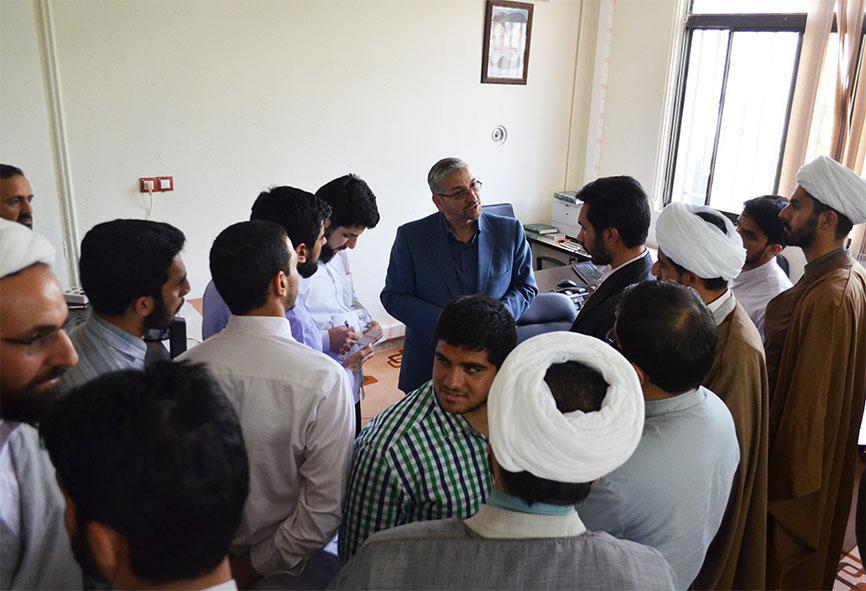 بازدید طلاب مدرسه علمیه جواد الائمه علیه السلام از مرکز ملی